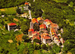 Sightseeing of Croatia Hum the smallest city in the world